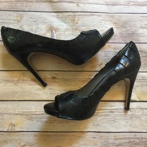 Vince Camuto Black Leather Open Toe Heels 9 39
